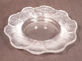 Lalique Honfleur Small Tray Signed in Script Lalique France