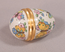 Halcyon Days Enamel Egg Shaped Box With Gilt Metal Screw In Edges