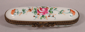 Beautiful Hand Painted Midcentury Signed Limoges Pill Or Trinket Box