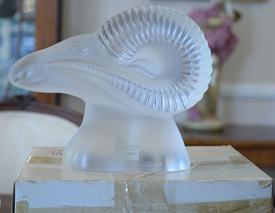 Lalique Rams Head Aries Heavy Paper Weight Or Display Piece