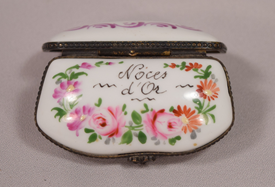 Beautiful Vintage Limoges Porcelain Pill Box Floral Decorated