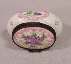 Beautiful Hand Painted Limoges Porcelain Floral Design Butterfly Closer Pill Box