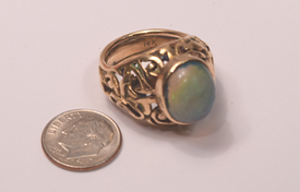 Beautiful Unique 14K Gold Ring Set With A Large Opal Doublet 5 Carats